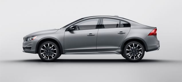 2015 Volvo S60 Cross Country