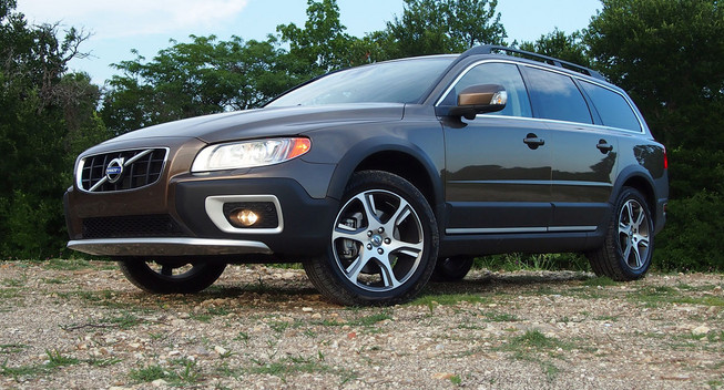2015 volvo xc70 t6 review top auto magazine. Black Bedroom Furniture Sets. Home Design Ideas
