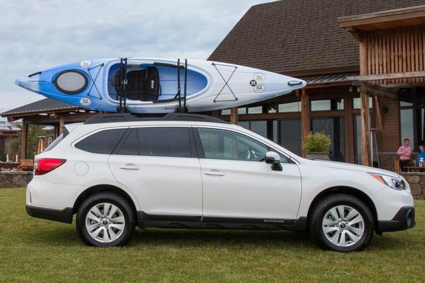 2015 Subaru Outback White | Top Auto Magazine