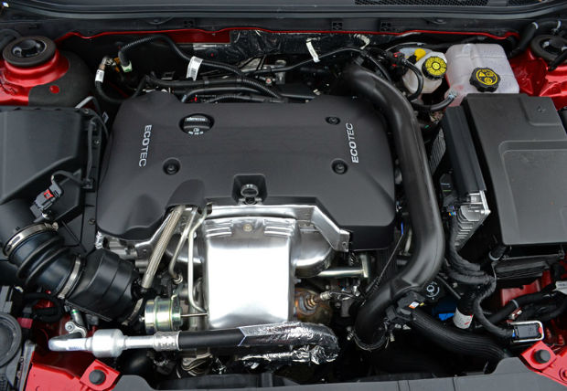 2015 Buick Regal Engine