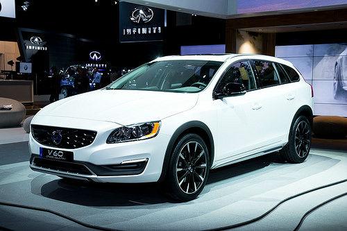 2016 Volvo V60 White