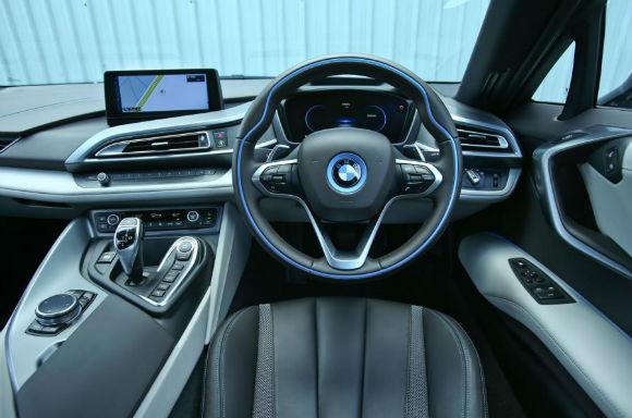 BMW i8 2017 Interior