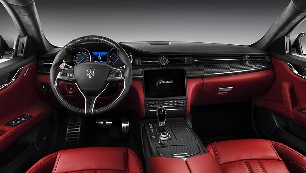 2018 Maserati Granturismo Interior