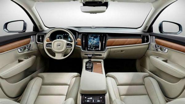 2019 Volvo XC40 Interior