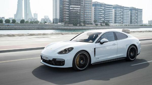 2020 Porsche Panamera Coupe