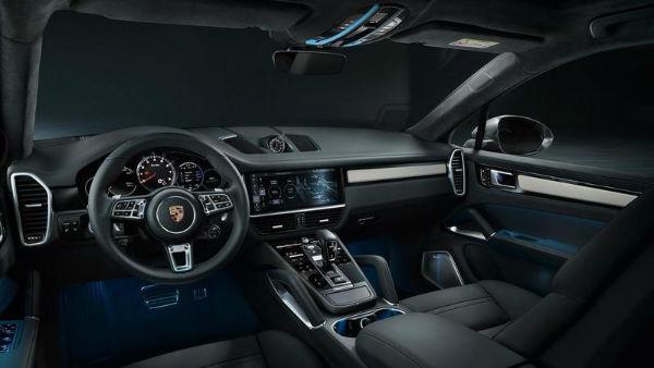 2020 Porsche Panamera Interior