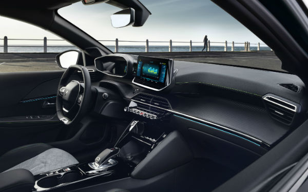 Peugeot 208 HT Line 2020 Interior