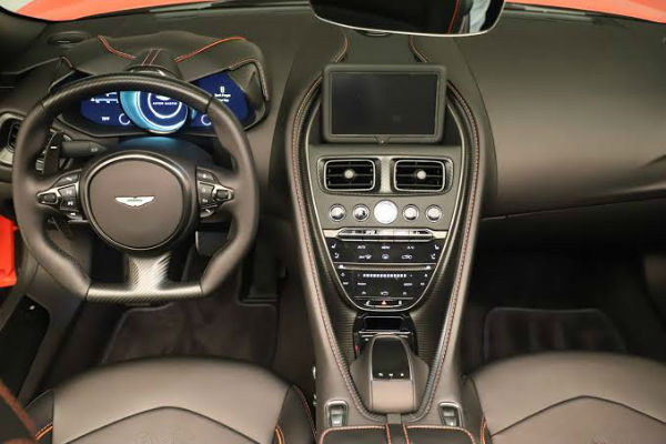 2020 Aston Martin DBS Superleggera Interior