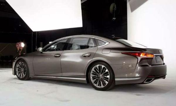 2020 Lexus LS 460