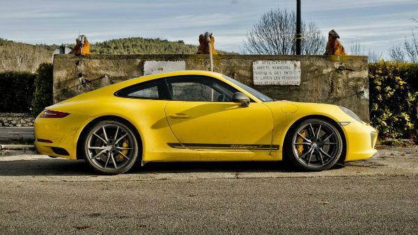 2020 Porsche 911 Carrera T