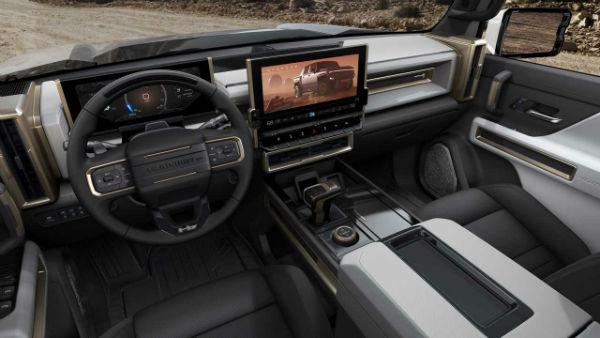 2022 GMC Hummer Interior